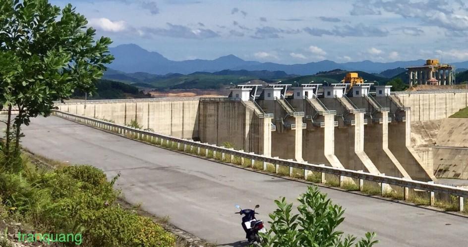 Hồ thủy lợi Tả Trạch (huyện Nam Đông, Tỉnh Thừa Thiên Huế)