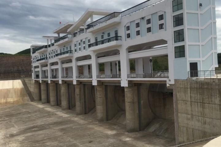 Thi công các hạng mục cơ khí công trình hồ thủy lợi Ngàn Trươi ,huyện Vũ Quang tỉnh Hà tỉnh.